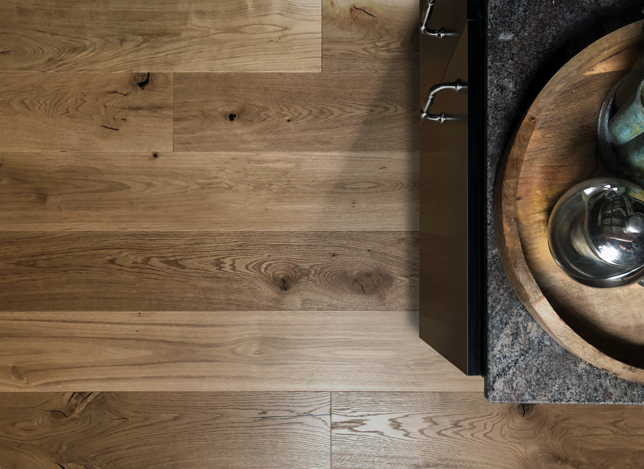 Tahoe-Hardwood-Flooring-with-countertop